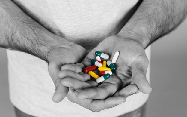 Болит живот после антибиотиков
